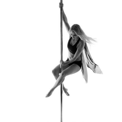 pole fitness level 1